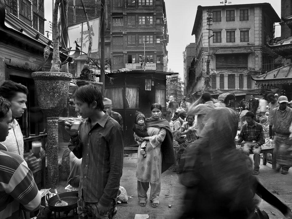 crowded-street-kathmandu_8611_990x742